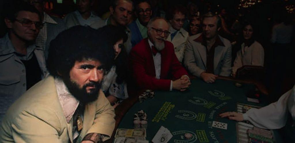Ken Uston autour d'une table blackjack