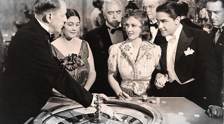 photo noir et blanc joueurs de roulette