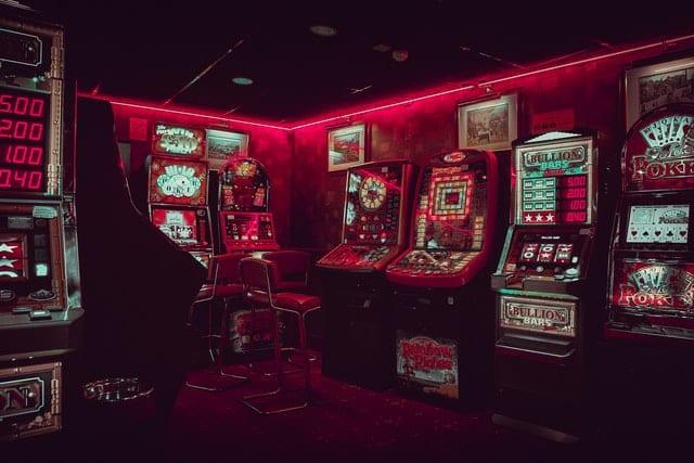 machines à sous dans un casino