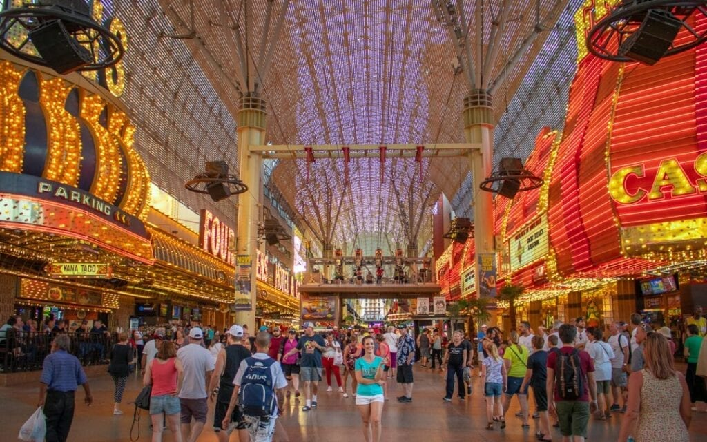Watchfire Signs Completes Las Vegas Fremont Street